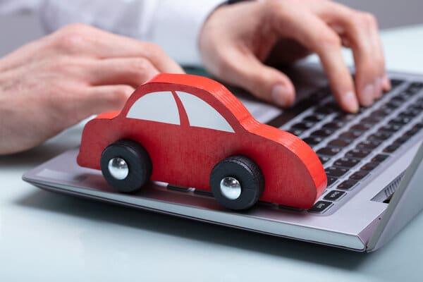 Försäkra bilen online